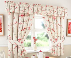 libby-red-kitchen-curtains_000_002_20160223111817